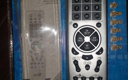 Újszerű 6in1 univerzális távirányító 500ft-ért eladó